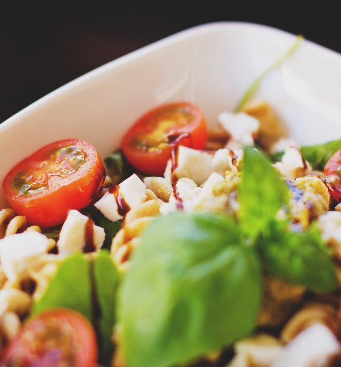 Recept voor heerlijke pasta met pesto & tonijn!