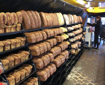 Elke week een uitgebreid assortiment aan brood.