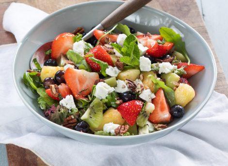 Frisse zomerse fruitsalade